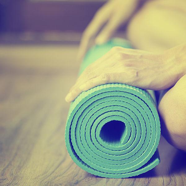 Entspannung im Yogazimmer mit der richtigen Wandfarbe