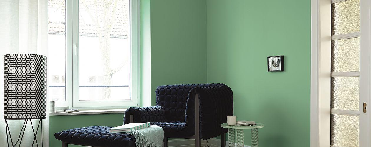 Satte Grüntöne erhalten durch die Kombination mit Indigo, Grau und Weiß eine aufsehenerregende Wirkung.