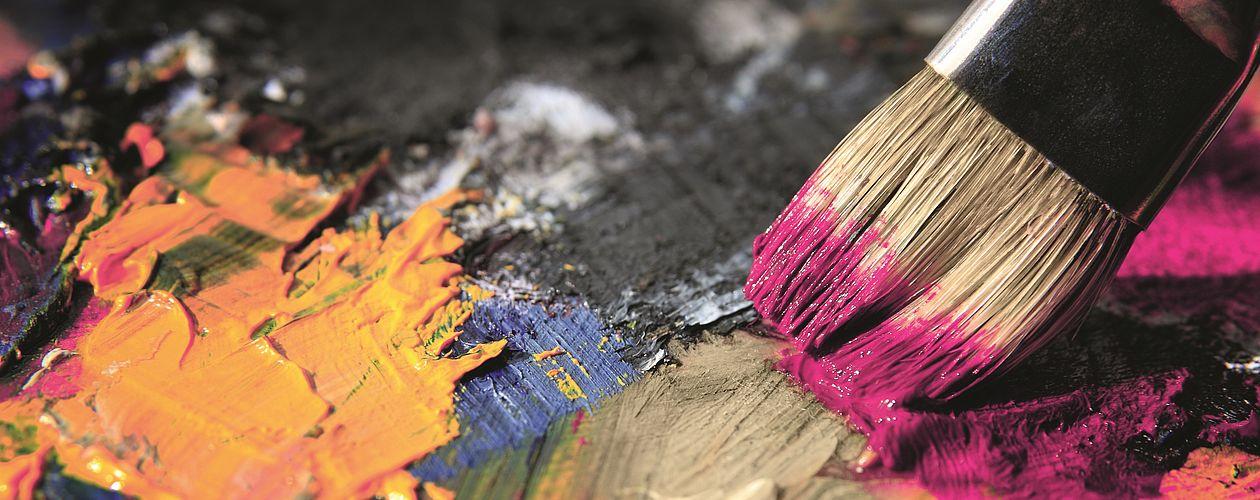 Gelb, Rot, Blau oder ihre Mischformen Grün, Violett und Orange – jede Farbe weckt andere Gefühle und Assoziationen.