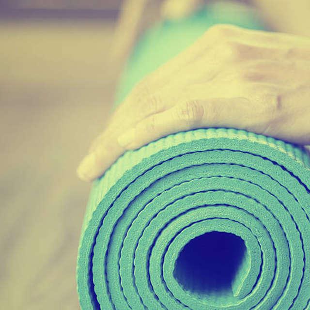 Правильно подобранный оттенок стен в зале для занятий йогой усиливает эффект расслабления - Краски Alpina